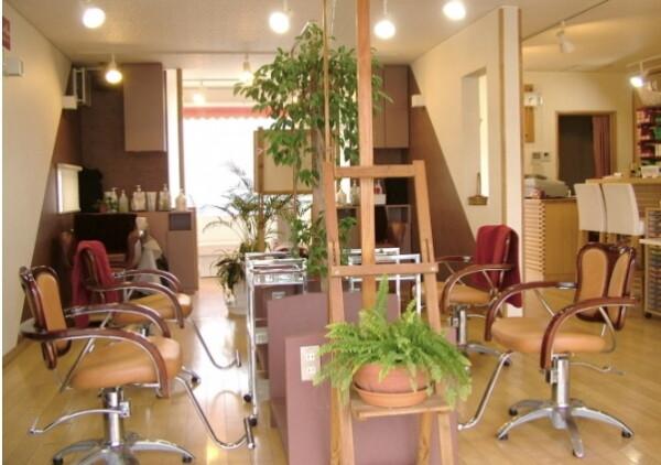 美容室Hair Space La vie en Rose【ヘアースペース ラヴィアンローズ】